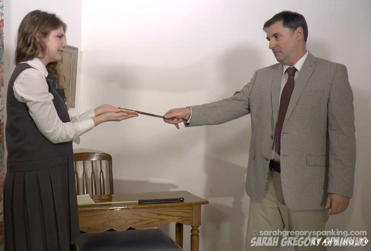 Apricot's Tears Part 1 - Sarahgregoryspanking - Full HD
